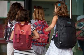 Sante Sante Sacs d'école: le dos des petits mis à rude épreuve