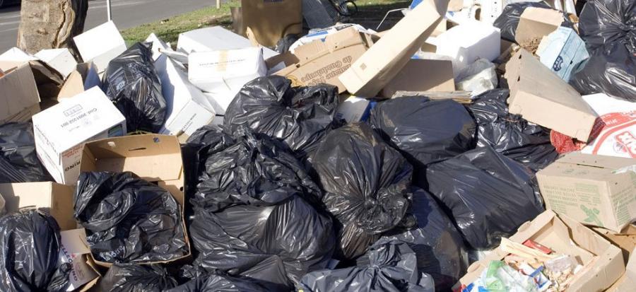 News News Les poubelles suisses envahissent la Franche-Comté 88 partages