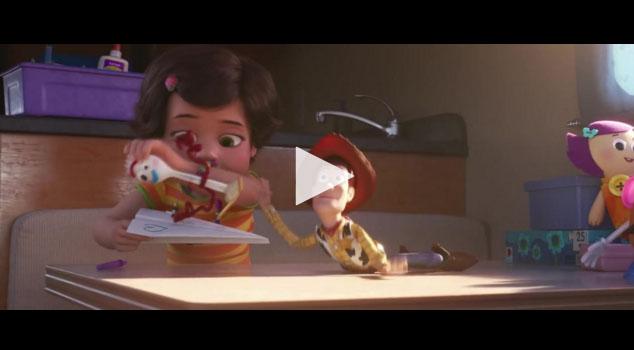 News News Pixar relance le Buzz
