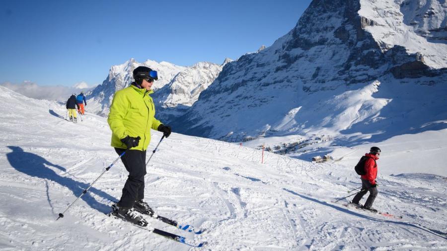 News News Coronavirus : ski interdit dans l'Union européenne mais pas en Suisse, le scénario qui jette un froid