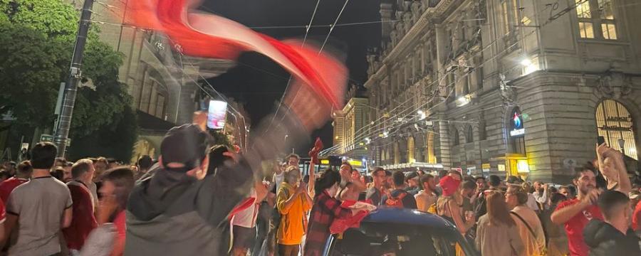 Écologie  Écologie  Nuit de liesse dans toute la Suisse après l'exploit à l'Euro